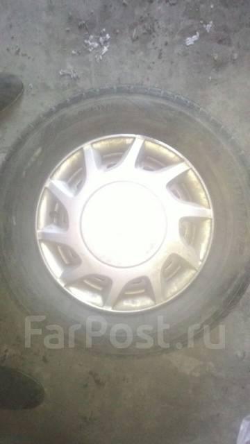 Колёса зимние Dunlop DSX-2 185/70r13 на штамповке с колпаками!. 5.5x13 4x100.00 ЦО 67,1мм.