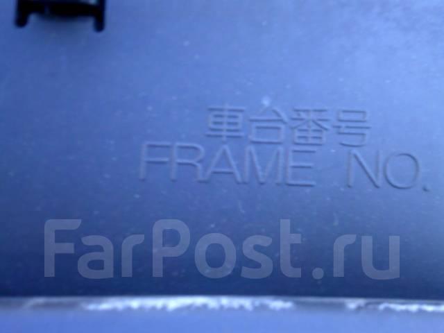 Решетка под дворники. Toyota Echo Verso, NLP22, NLP20, NCP22, NCP20, NCP21 Toyota Funcargo, NCP20, NCP25, NCP21 Toyota Yaris Verso, NCP20, NCP22, NCP2...