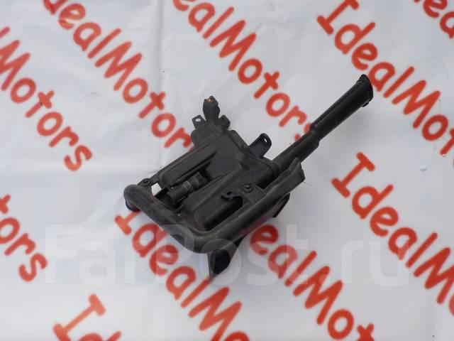 Бачок стеклоомывателя. Toyota Mark II, JZX115, GX110, GX115, JZX110