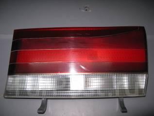 Вставка багажника. Toyota Hiace Regius, RCH47W, KCH40G, KCH40W, RCH41W, KCH46G, KCH46W