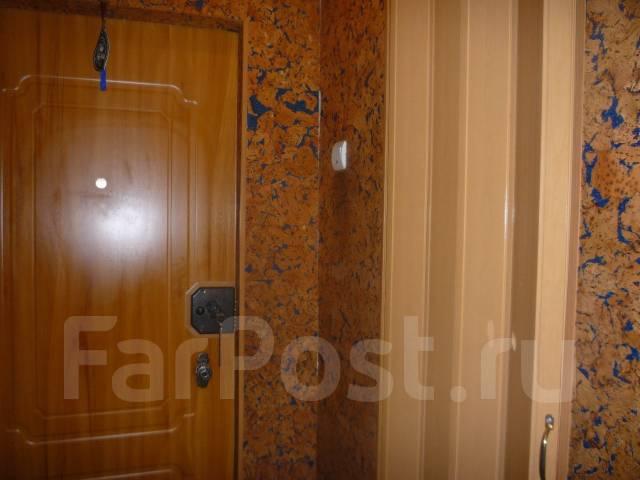 Гостинка, проспект Красного Знамени 133/3. Третья рабочая, проверенное агентство, 24 кв.м. Прихожая