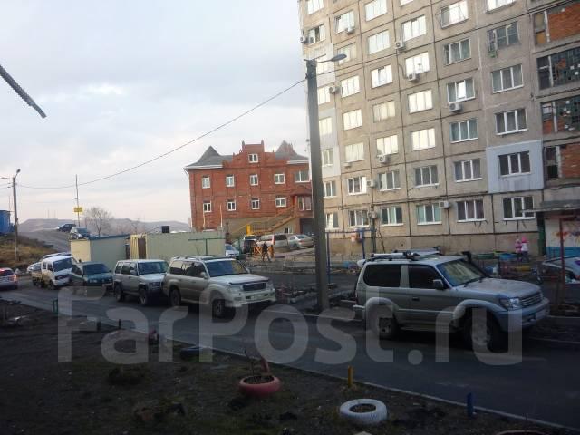 Гостинка, проспект Красного Знамени 133/3. Третья рабочая, проверенное агентство, 24 кв.м. Вид из окна днём