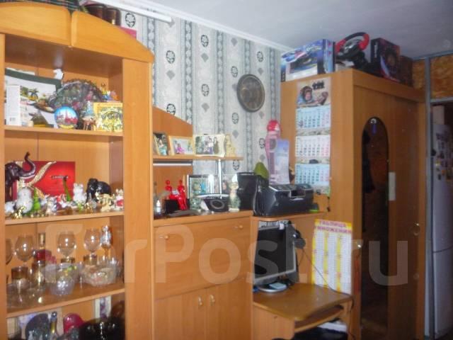 Гостинка, проспект Красного Знамени 133/3. Третья рабочая, проверенное агентство, 24 кв.м.