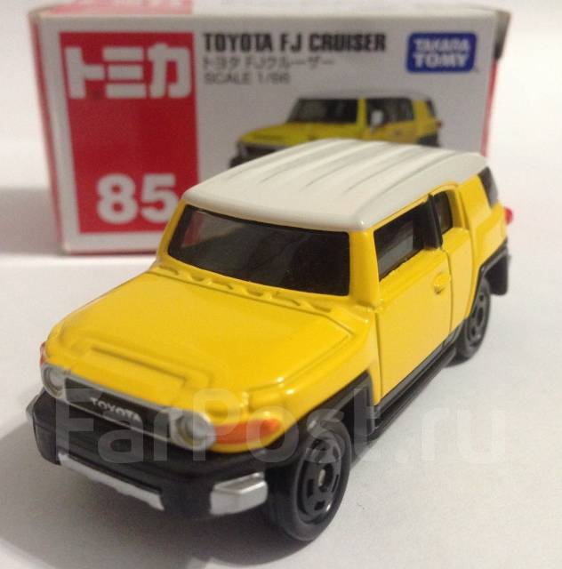 Моделька Toyota FJ Cruiser. 1:66. Tokara Tomy.