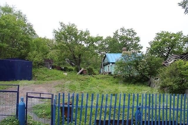 Продается земельный участок на Чуркине во Владивостоке. 1 200 кв.м., собственность, аренда, электричество, вода, от частного лица (собственник). Фото...