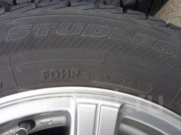 Литые диски R14 с зимними шинами 175/70R14 Yokohama Ice Guard IG30. 5.5x14 4x100.00 ET40