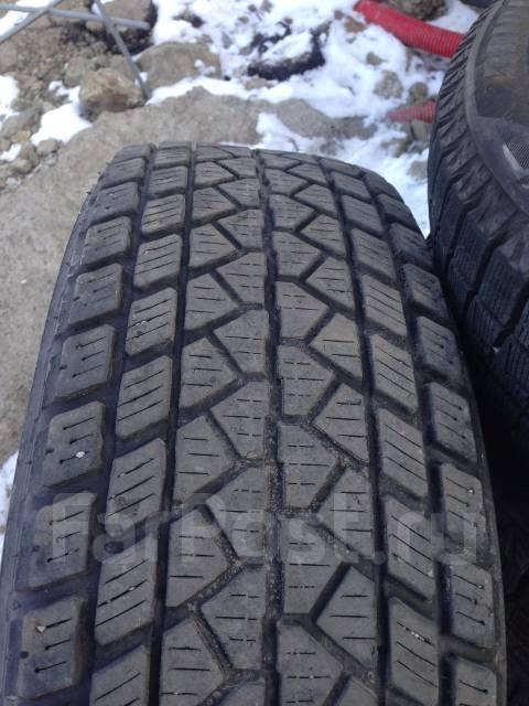 Bridgestone Dueler DM-01. Зимние, без шипов, 2003 год, износ: 30%, 2 шт