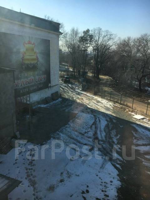 Продается Здание с земельным участком более 0,6 Га. в собственности!. Улица Ляпидевского 10, р-н Трикотажка(р-н повор. на Игорную зону), 2 500 кв.м....