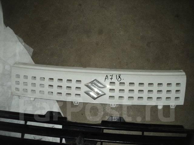 Решетка радиатора. Suzuki Alto