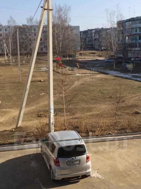 2-комнатная, улица Михайловская (пос. Заводской) 11. пос. Заводской, агентство, 54 кв.м. Вид из окна днём