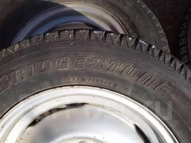 Bridgestone Blizzak DM-Z3. Зимние, без шипов, 2002 год, износ: 30%, 4 шт