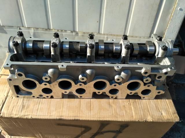 Головка блока цилиндров. Mazda: Bongo, Bongo Brawny, Cronos, Proceed Levante, Familia, Capella, Efini MS-6, Eunos Cargo Двигатель R2