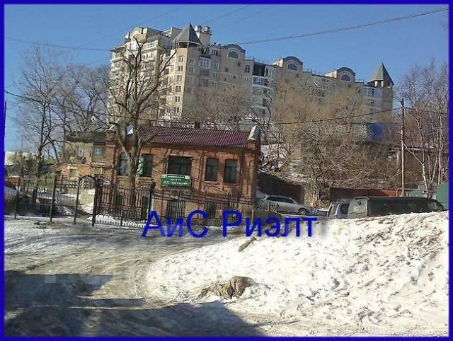 1-комнатная, улица Арсеньева 4а. Центр, агентство, 26 кв.м. Вид из окна днем
