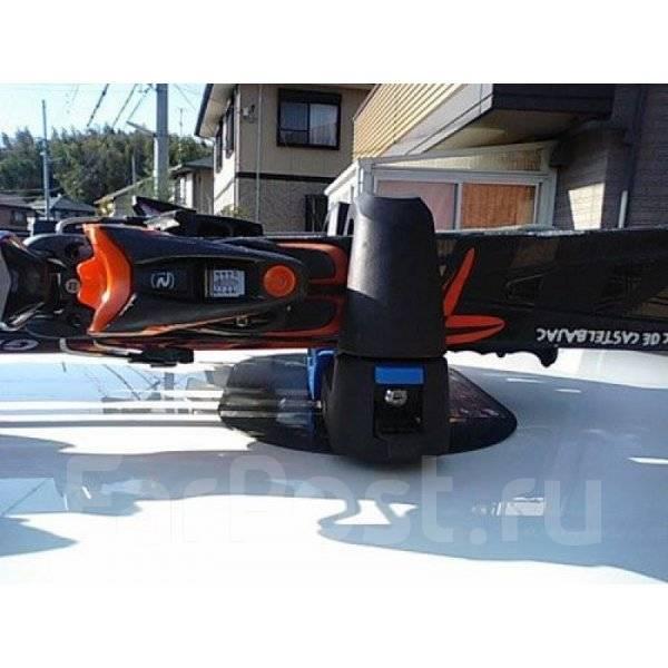 Держатель магнитный авто для горных лыж и сноубордов