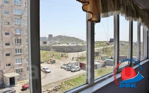 1-комнатная, проспект Красного Знамени 133/2. Третья рабочая, агентство, 30 кв.м. Вид из окна днём