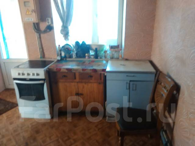 Продается двухэтажный дом. Улица Казачья 14, р-н слобода, площадь дома 56 кв.м., скважина, электричество 10 кВт, отопление твердотопливное, от частно...