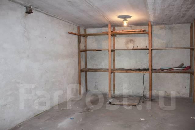 Гаражи капитальные. улица Луговая 57б, р-н Луговая, 38 кв.м., электричество, подвал. Вид изнутри