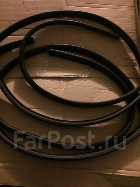 Уплотнитель двери. BMW 5-Series, E39