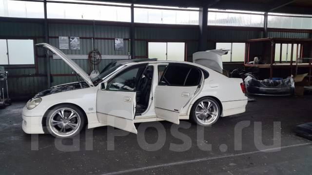 Бампер. Toyota Aristo, JZS160 Двигатели: 2JZGE, 2JZGTE