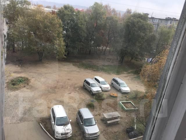 1-комнатная, улица Фрунзе 67. Комсомольская , частное лицо, 34 кв.м. Вид из окна днем