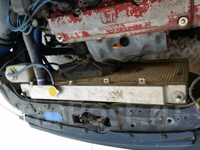 Радиатор охлаждения двигателя. Honda Civic, EK9