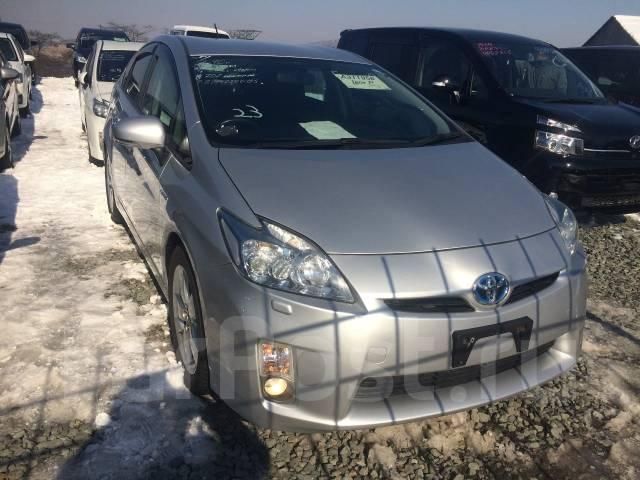 Toyota Prius. вариатор, передний, 1.8 (99 л.с.), бензин, 102 тыс. км, б/п