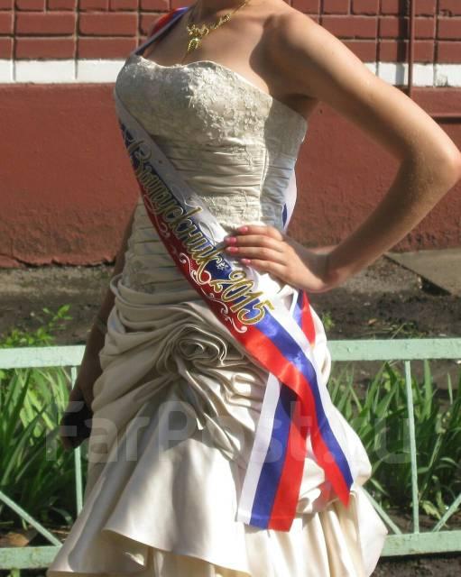Платья выпускные. 42, 44