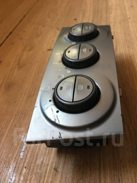 Блок управления климат-контролем. Subaru Forester, SG5, SG9