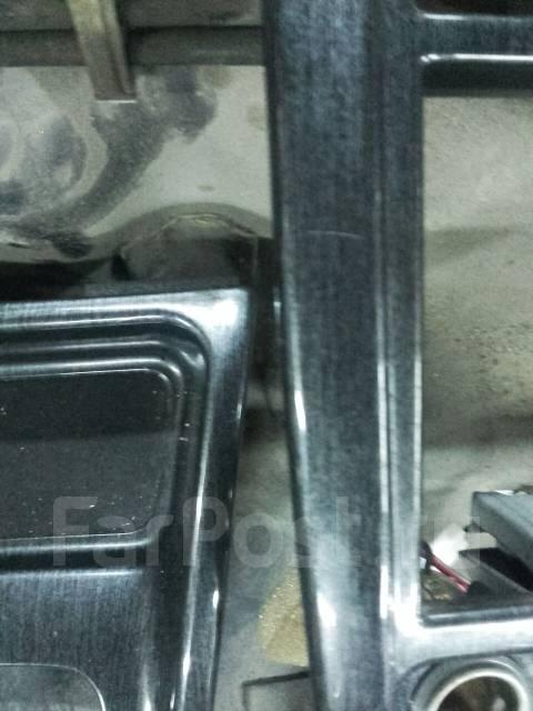 Консоль центральная. Subaru Forester, SF5