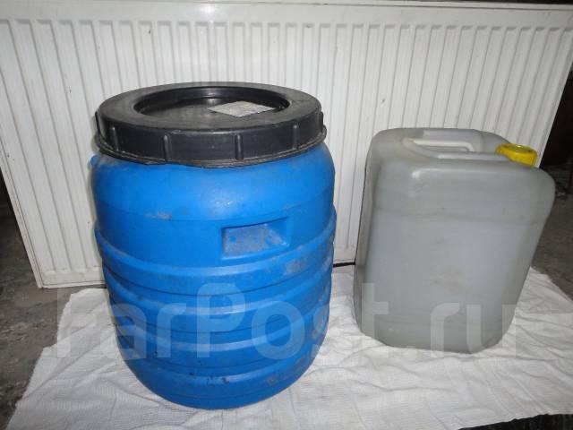 Продам канистры поэлитиленовые 20 и 30 литров
