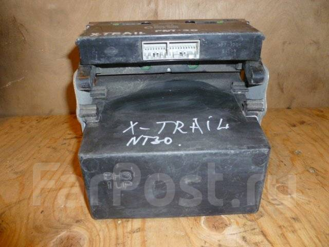 Блок управления климат-контролем. Nissan X-Trail, PNT30