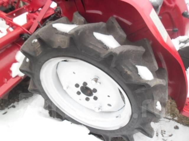 Yanmar YM1601. Трактор 4wd, навеска на 3 точки, 3 цилиндра