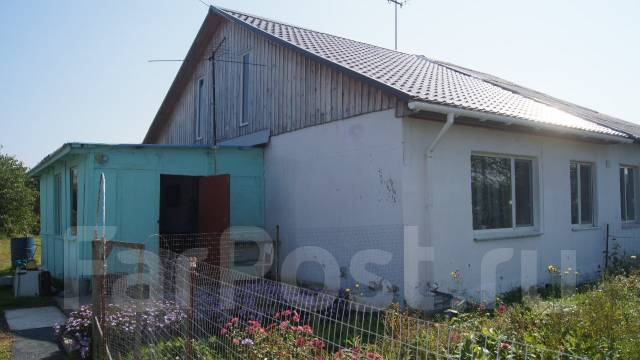 Продам дом в Екатериновке. Комсомольская, р-н Центральный, площадь дома 42 кв.м., централизованный водопровод, электричество 3 кВт, отопление твердот...