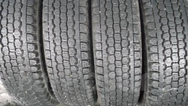 Bridgestone Blizzak W965. Зимние, без шипов, 2011 год, износ: 10%, 4 шт