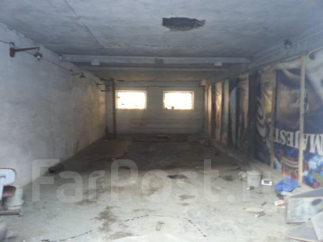 Сдам в аренду. 7 000 кв.м., улица Калинина 21, р-н Чуркин