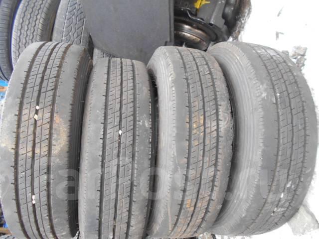 Комплект колес Dunlop 185/75/15LT, 2015 года!. x15