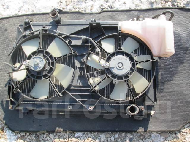 Радиатор охлаждения двигателя. Toyota Ipsum, ACM21 Двигатель 2AZFE