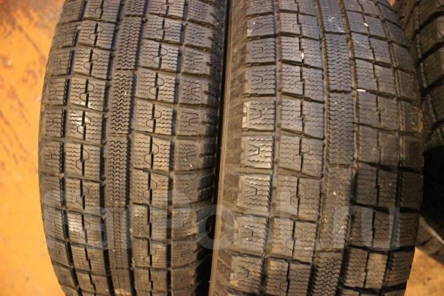 Toyo Garit G5. Зимние, без шипов, 2014 год, износ: 10%, 2 шт