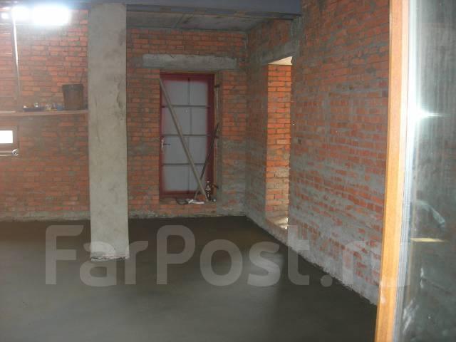 Продам дом по стоимости квартиры в южном м-р. Изумрудная 33/1, конечная ост.маршрута №2, р-н Южный, площадь дома 165 кв.м., централизованный водопров...