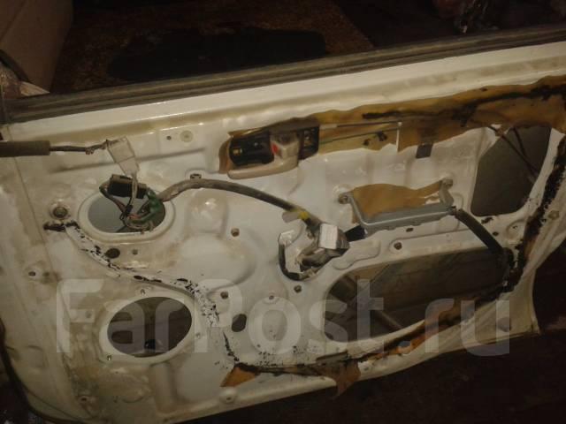Дверь боковая. Toyota Ipsum, SXM10, SXM15, CXM10 Toyota Picnic, SXM10, CXM10 Двигатели: 3CTE, 3SFE