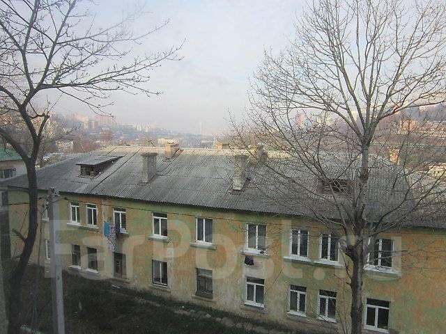1-комнатная, улица Сахалинская 1а. Тихая, агентство, 31 кв.м. Вид из окна днём