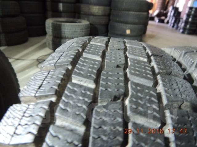 Dunlop DSV-01. Зимние, без шипов, 2012 год, износ: 10%, 2 шт