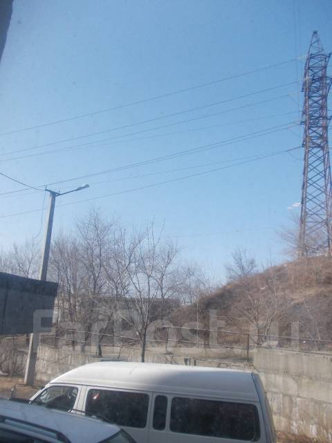 1-комнатная, улица Героев Варяга 10. БАМ, проверенное агентство, 36 кв.м. Вид из окна днём
