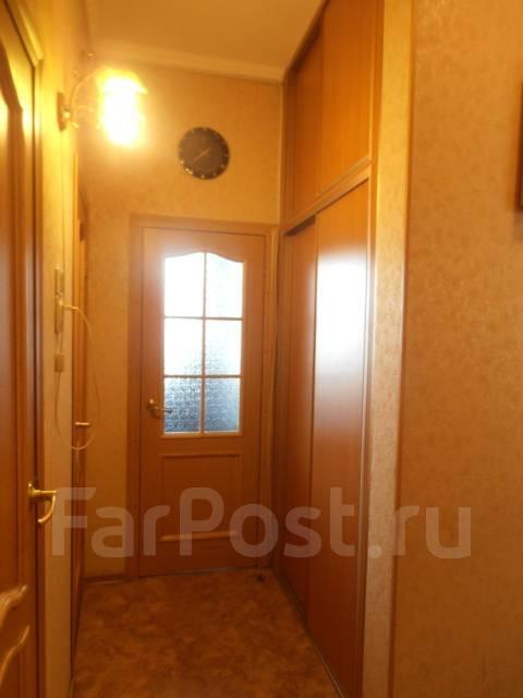 2-комнатная, улица Калинина 107. Чуркин, агентство, 58 кв.м. Прихожая