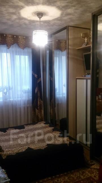 3-комнатная, улица Успенского 110. Океанская, частное лицо, 67 кв.м.