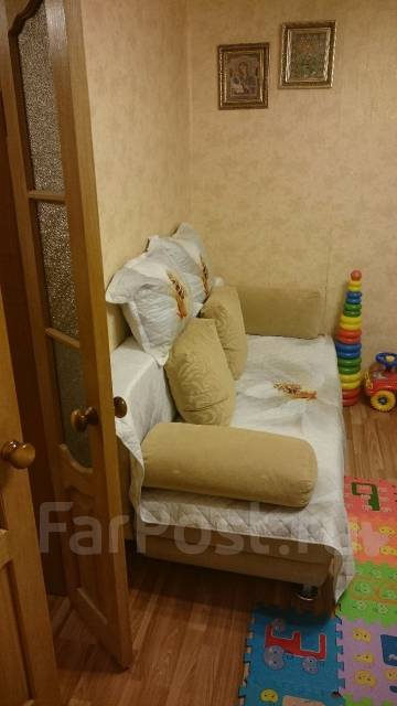 2-комнатная, улица Бабушкина 4/1. Бабушкина , частное лицо, 42 кв.м.