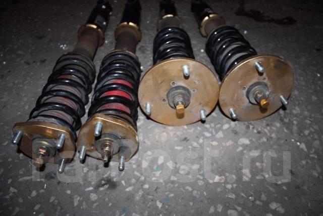 Амортизатор. Toyota Aristo, JZS161, JZS160 Toyota Crown Majesta, UZS171