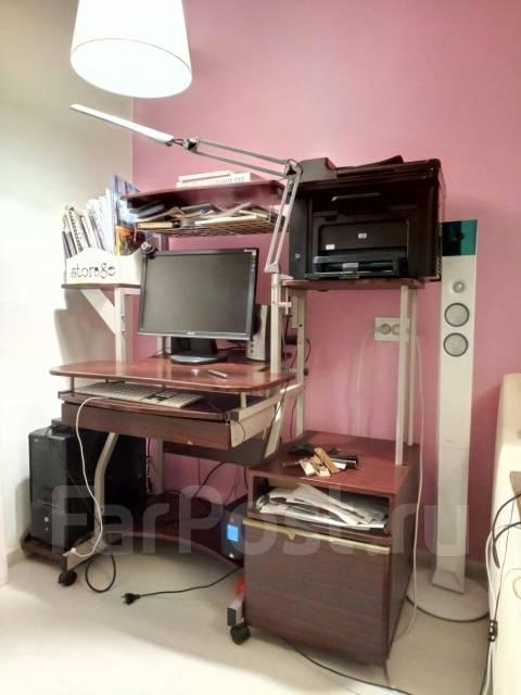 Компьютерный стол б/у срочно