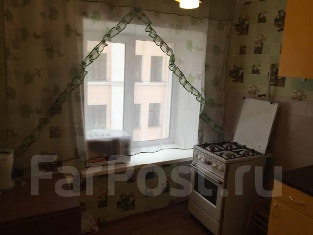 2-комнатная, улица Шеронова 127. Центральный, частное лицо, 45 кв.м.