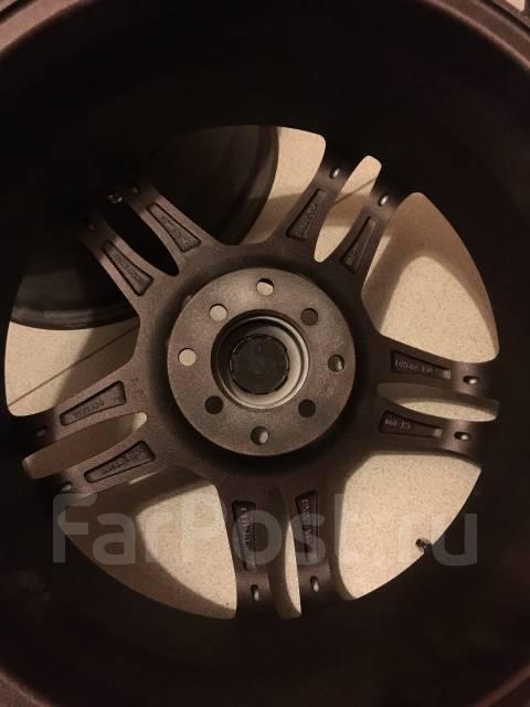Sparco. 7.0x17, 4x100.00, 4x114.30, ET42, ЦО 70,0мм.